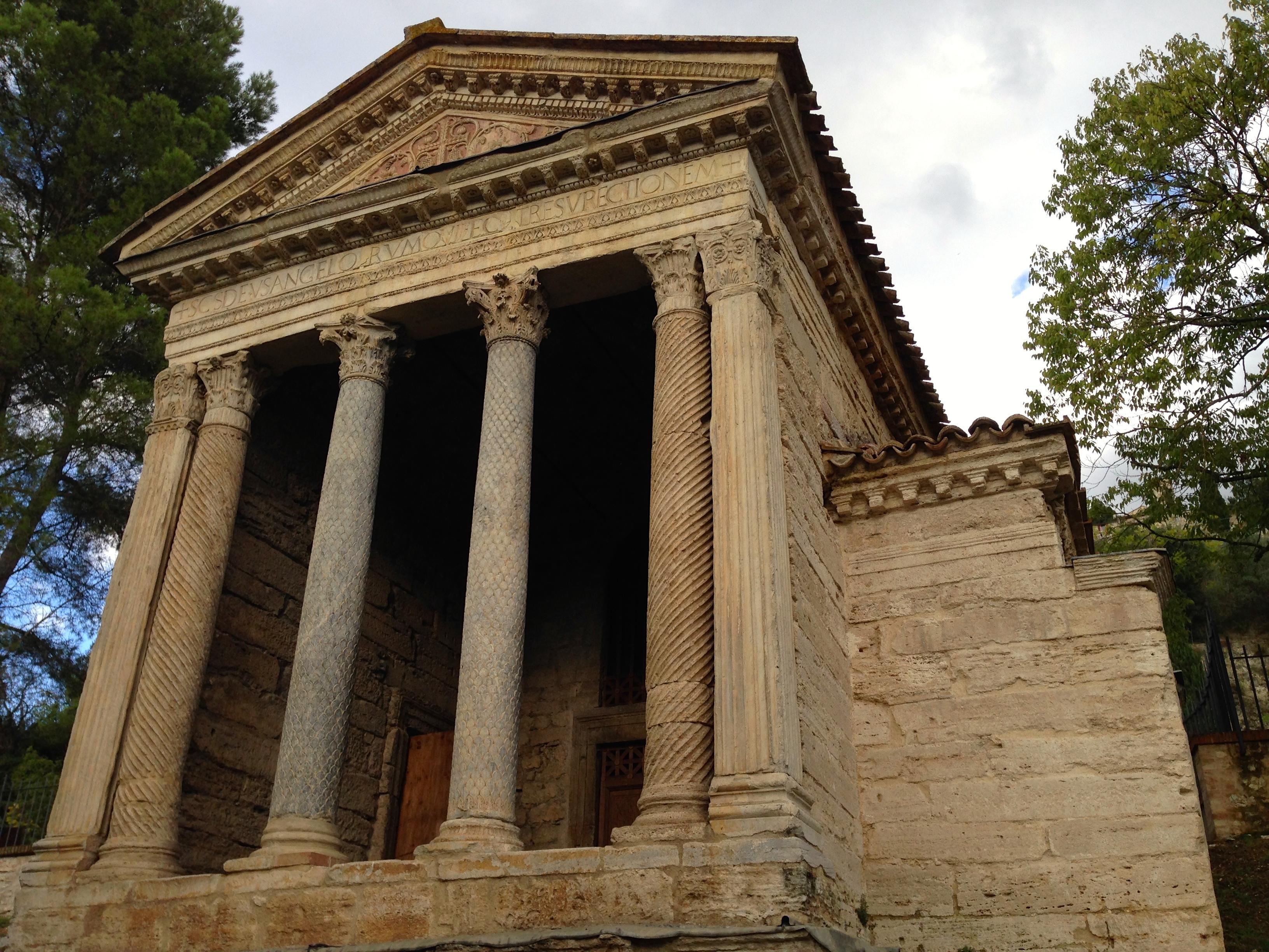 Roman Architecture Lois Reynolds Mead
